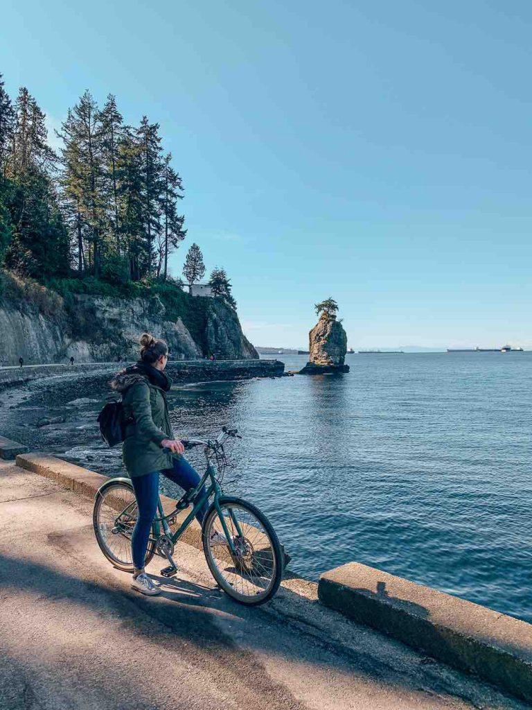 Siwash Rock, Stanley Park Seawall cycle tour