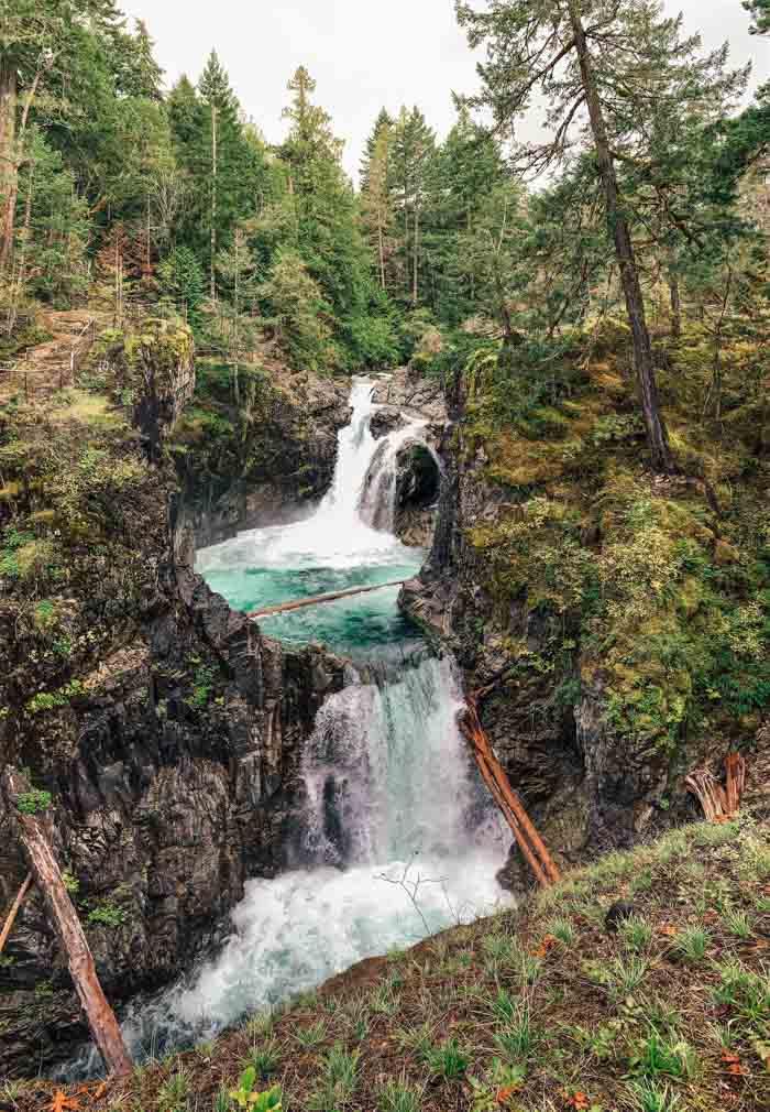 Upper Falls in Little Qualicum Falls Provincial Park