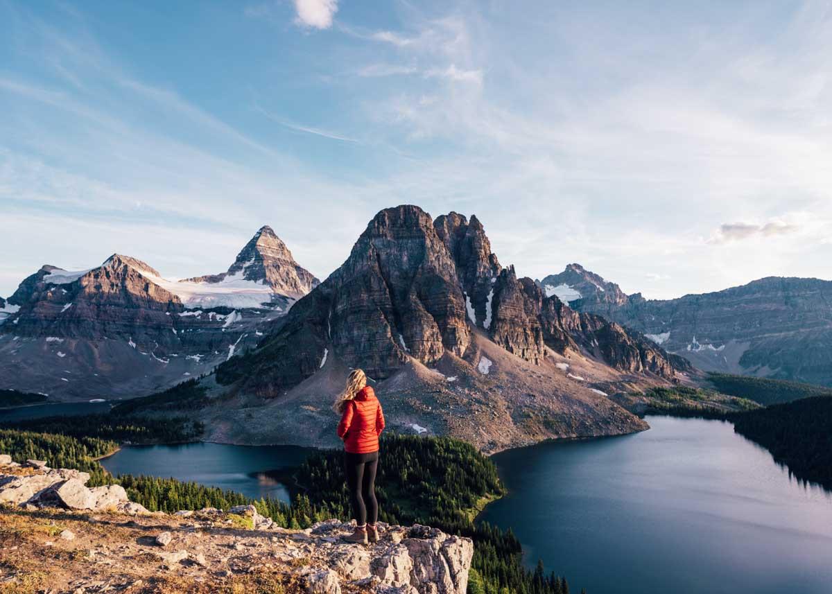 Hiking Mount Assiniboine